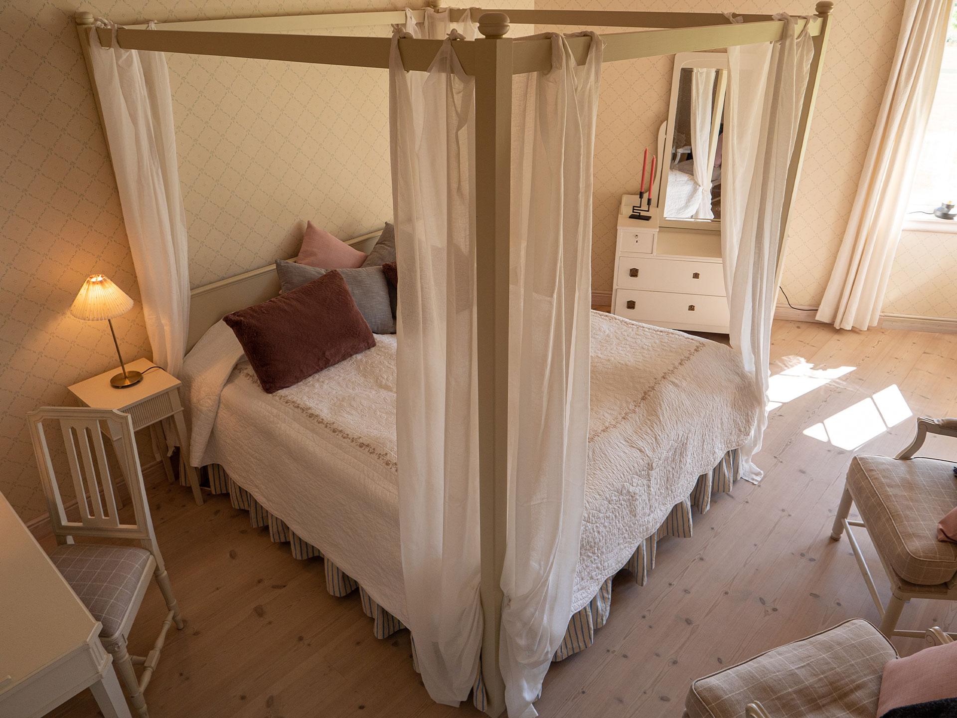 Honeymoon suite, #H10