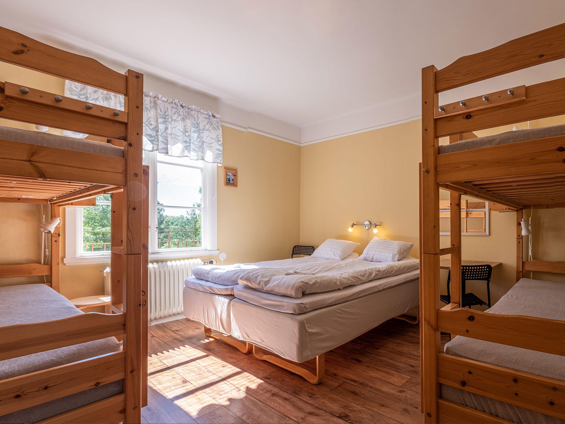 6-bed room, #V11
